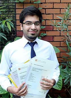 http://shikshaportal.com/exams/images/IAS-Interview-Candidate.jpg
